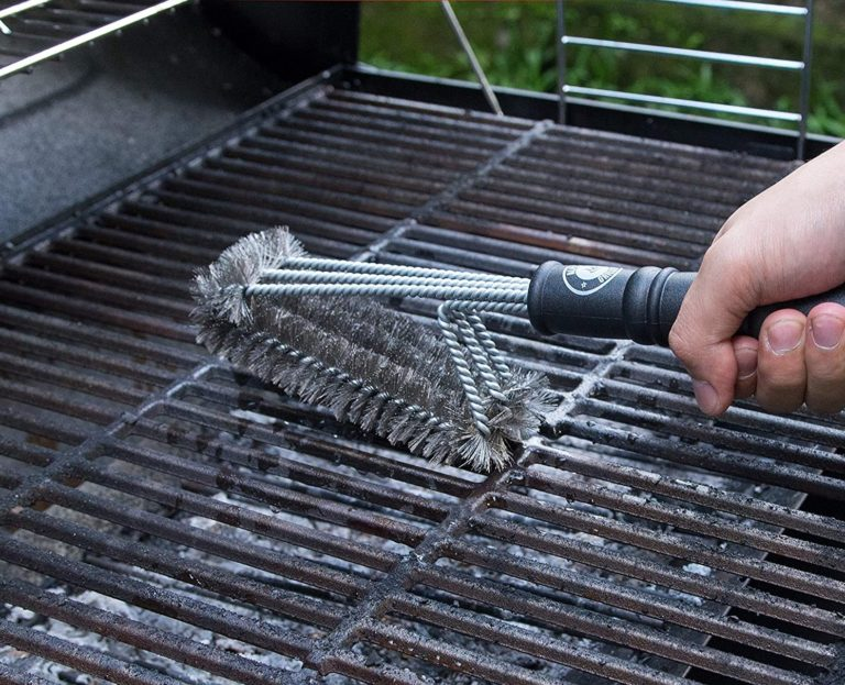 The 7 Best Grill Brushes (2020 Review)